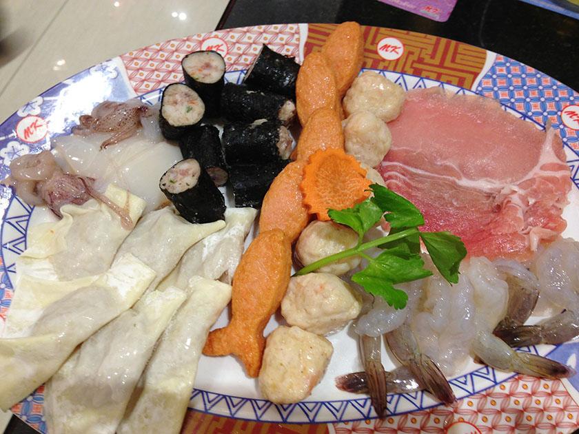 2012年に食べたもの MKレストランのタイスキ(肉とエビ)