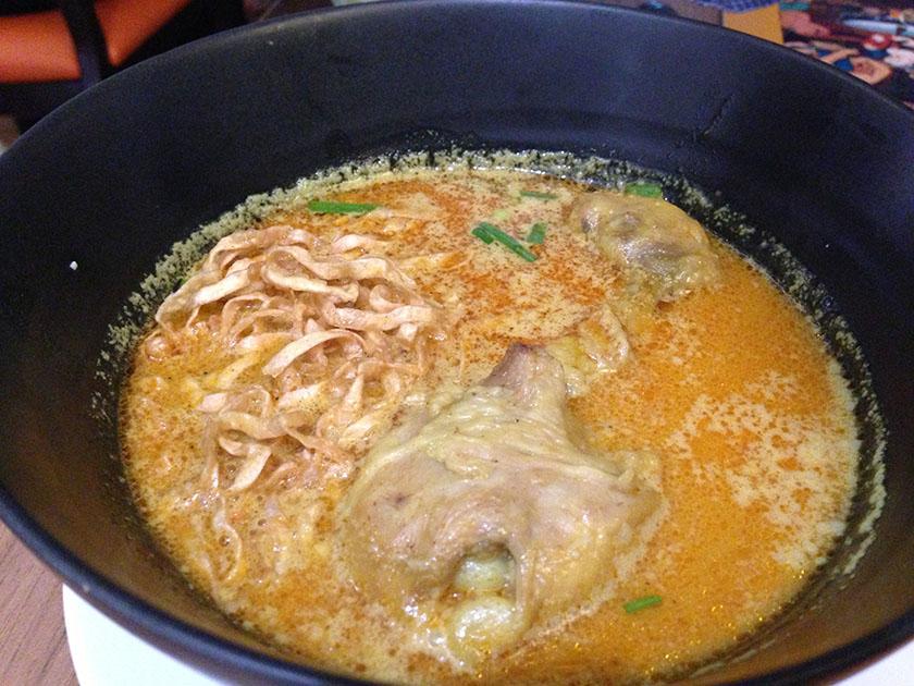 2012年に食べたもの シーロムビレッジレストラン平麺