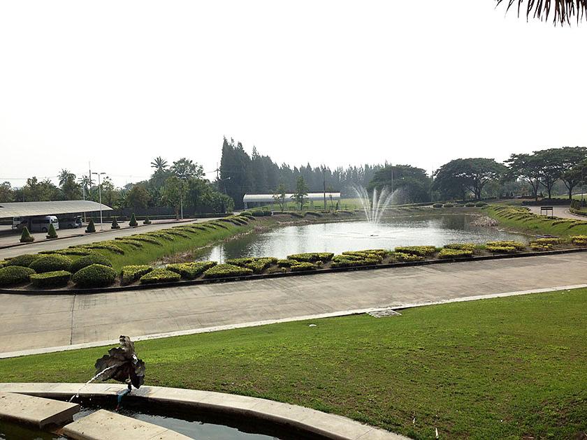 スワン ゴルフ&カントリークラブ 駐車場の風景