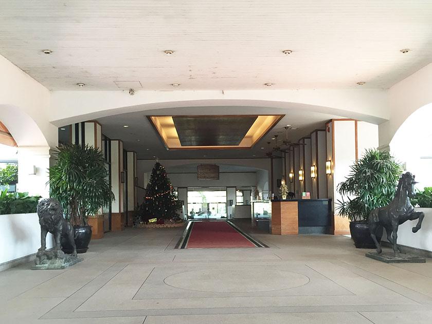 キアタニカントリークラブ クラブハウス入口