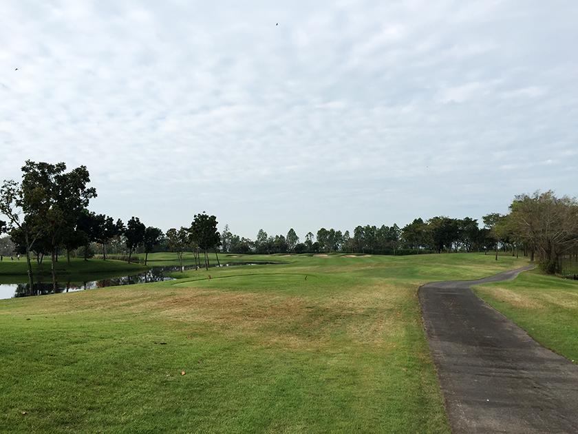 ロータスバレーゴルフリゾート スタートホール