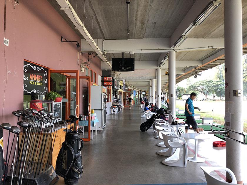 スタードームゴルフクラブ 練習場の打席数多い