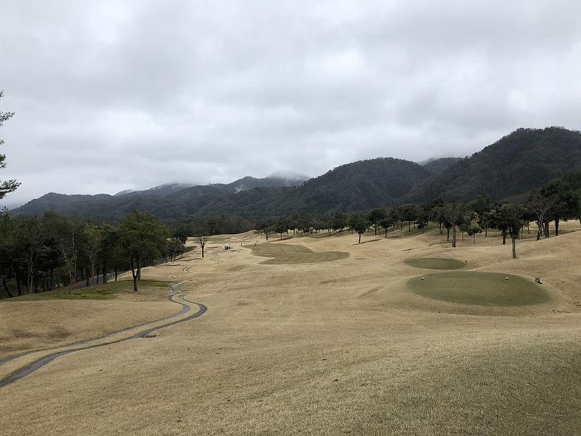 平らで広め-千代田OGMゴルフ倶楽部
