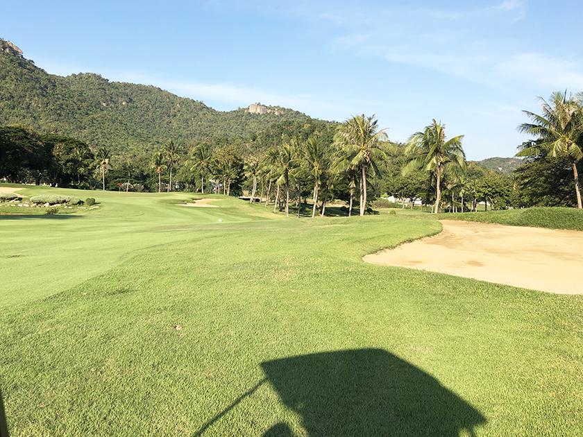 パームヒルズゴルフリゾート&カントリークラブ 丘のある風景