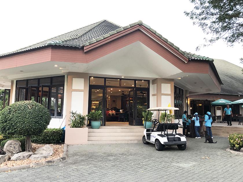 パームヒルズゴルフリゾート&カントリークラブ こじんまりしたクラブハウス