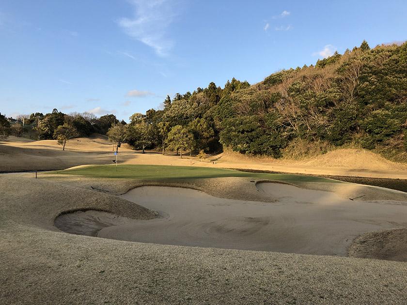 茨城セントラルゴルフクラブNEWコース 17番ぐらいから太陽が傾いてきたよ