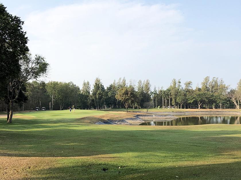 バンプラゴルフクラブ 2番ショートホール