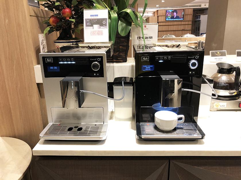 マロンカフェの朝食ビュッフェ コーヒーマシン